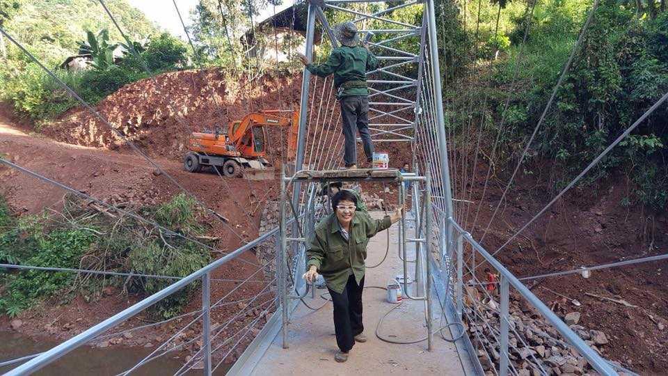 Máy cứu ngải Khánh Thiện xây cầu Nâm Tin, Nâm Pồ, Điện Biên